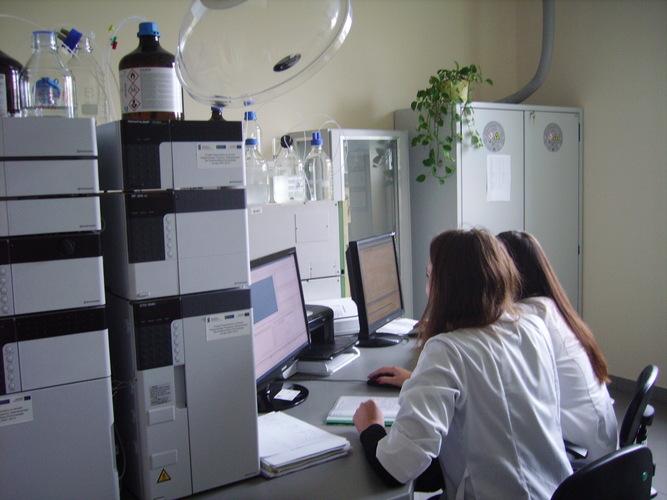 Pracownia Wysokosprawnej Chromoatografii Cieczowej
